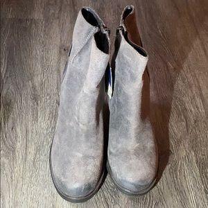 Sam Edelman Chunky Heeled Grey Suede Boot Size 8.5